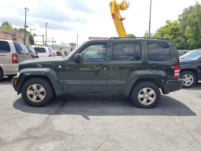 Jeep Liberty 2010 price $4,695 Cash