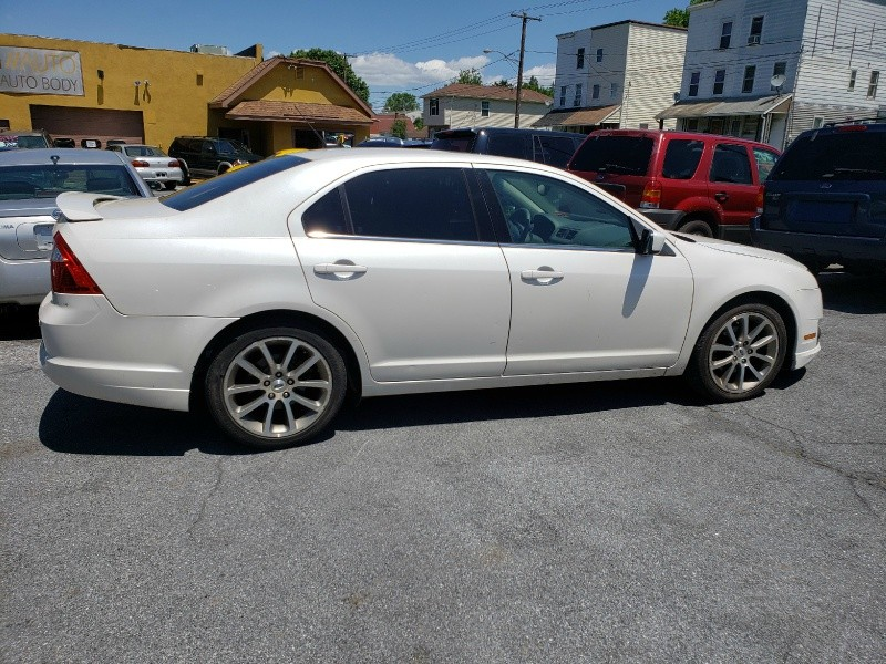 Ford Fusion 2010 price $5,495 Cash