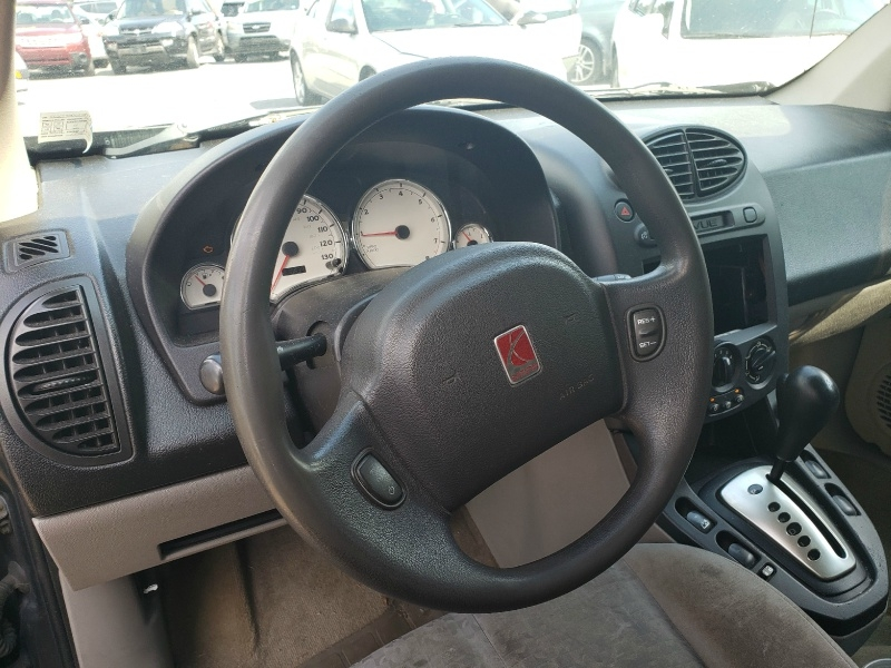 Saturn VUE 2005 price $1,995 Cash