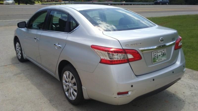 Nissan Sentra 2015 price $3,400