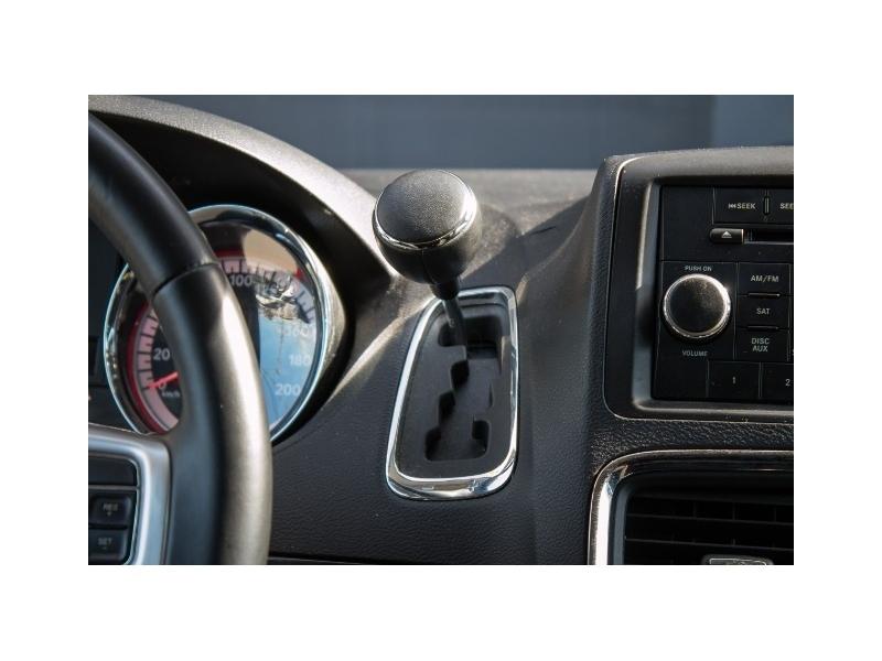 Dodge Grand Caravan 2013 price $13,270