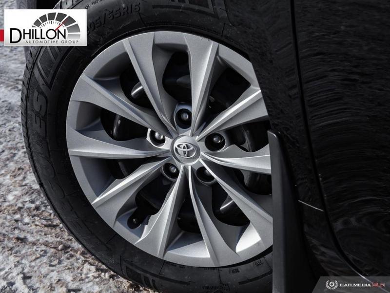 Toyota Camry 2017 price $17,980