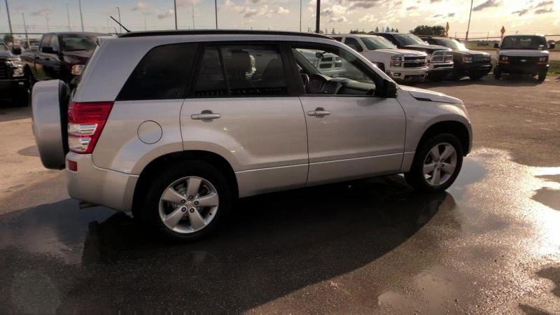 Suzuki Grand Vitara 2012 price $12,950