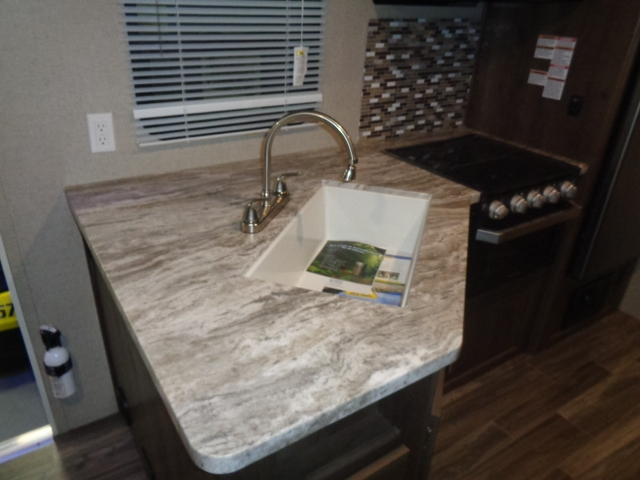 Forest River SHASTA OASIS 21RB 2019 price $23,995