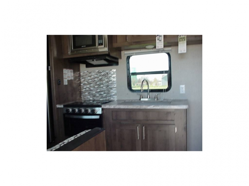 Forest River SHASTA OASIS 26 BH 2020 price $24,550