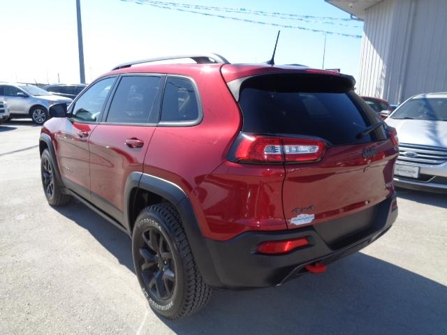 Jeep Cherokee 2017 price $25,950