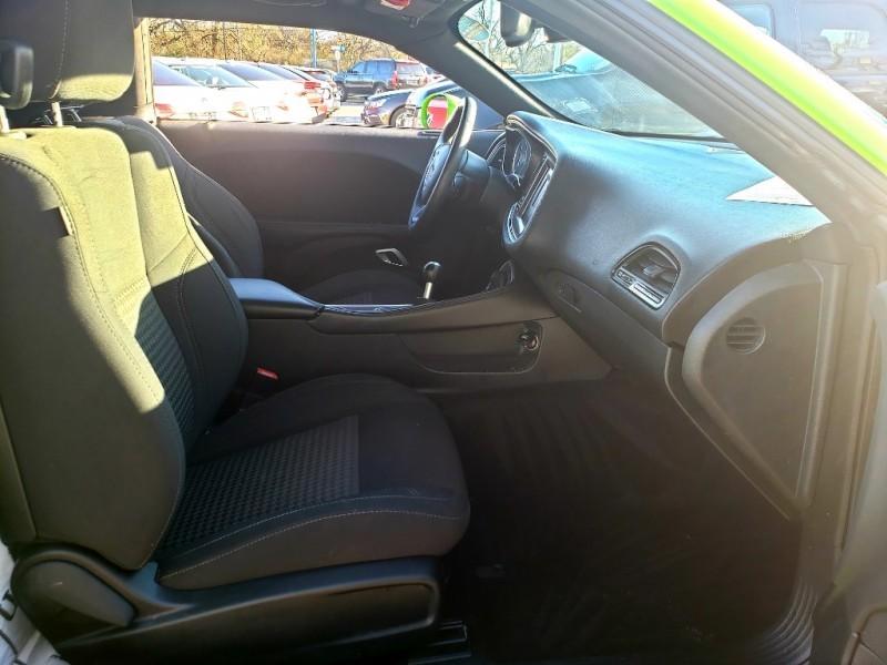 Dodge Challenger 2015 price $18,995