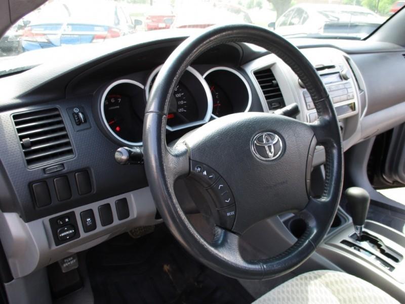 Toyota Tacoma 2011 price $14,900