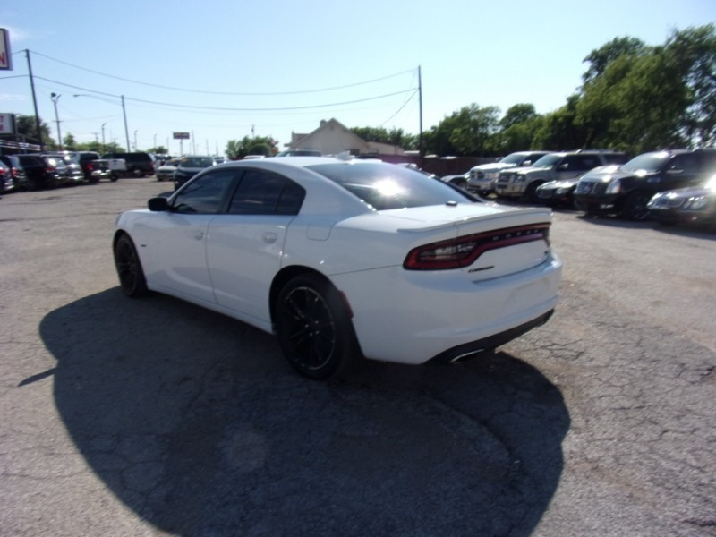 Dodge Charger 2015 price $21,995