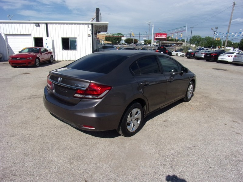 Honda Civic Sedan 2015 price $10,995