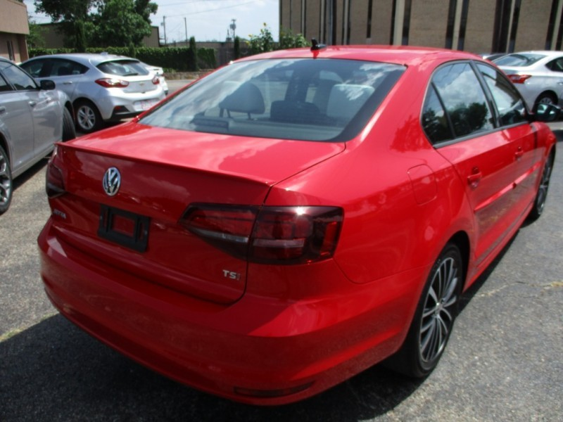 Volkswagen Jetta Sedan 2016 price $12,995