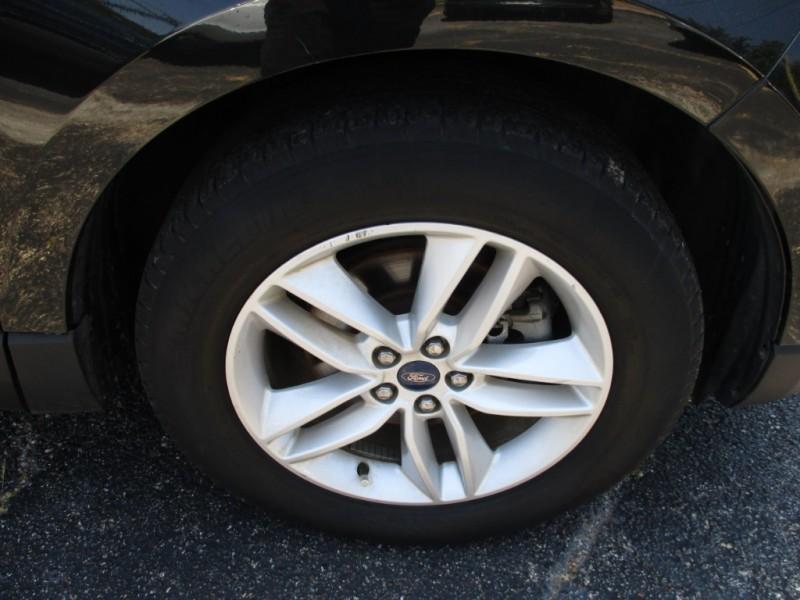 Ford Edge 2015 price $18,995
