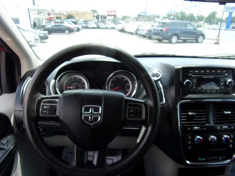 Dodge Grand Caravan 2015 price $10,300