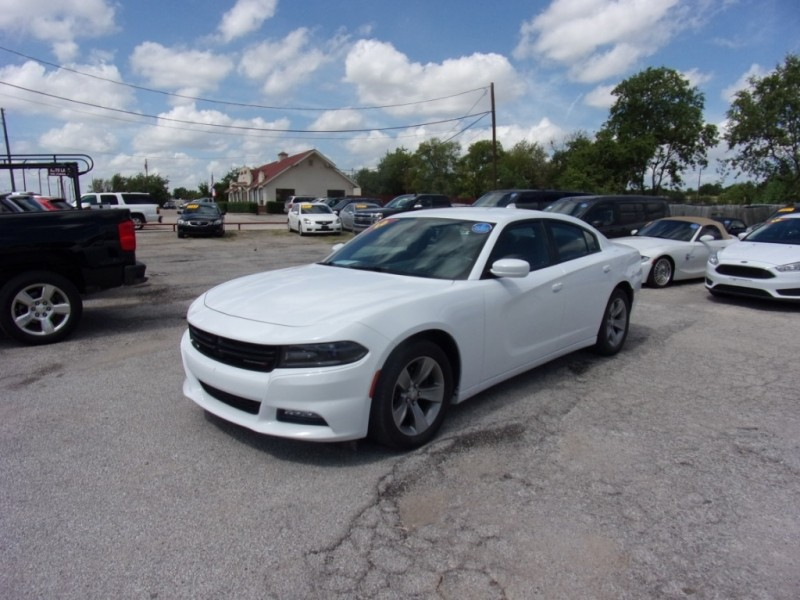 Dodge Charger 2016 price $16,500