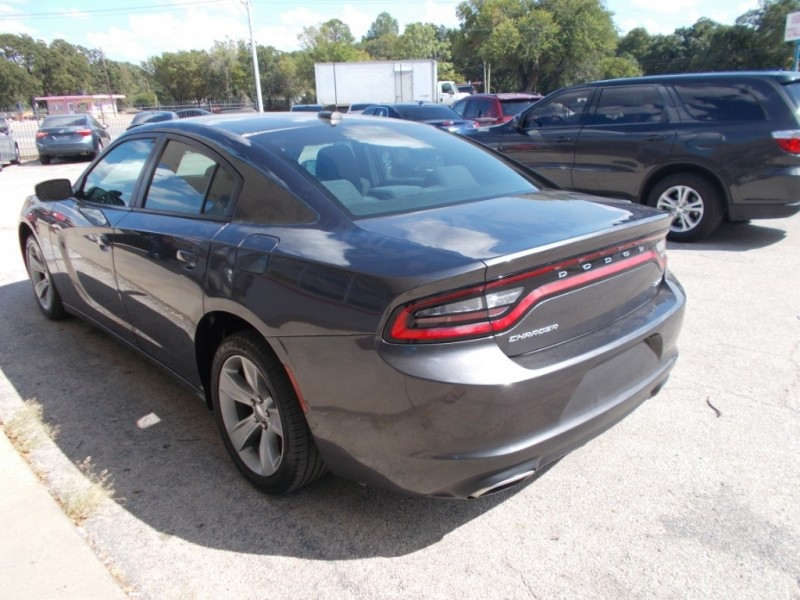 Dodge Charger 2017 price $18,500