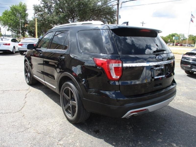 Ford Explorer 2016 price $20,995