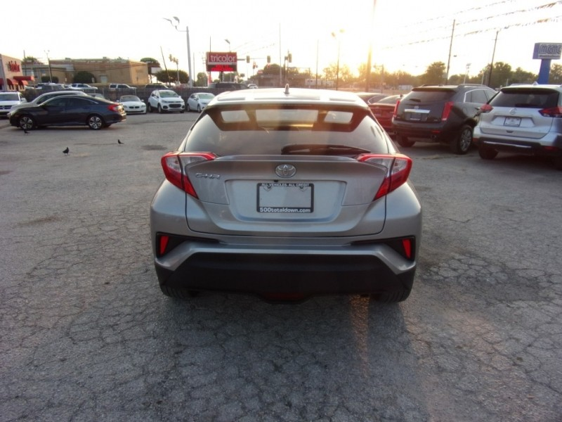 Toyota C-HR 2018 price $18,995