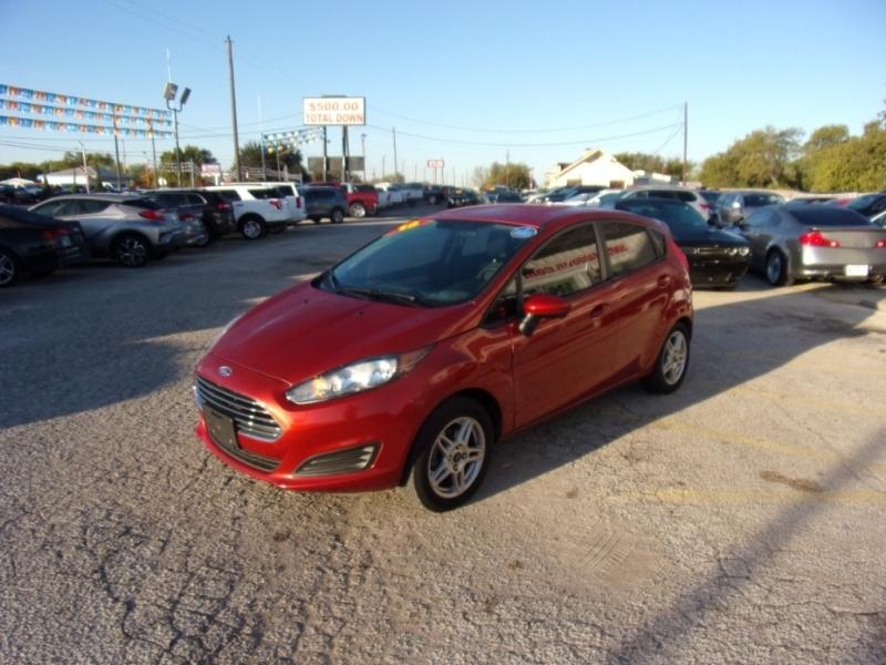 Ford Fiesta 2018 price $11,995