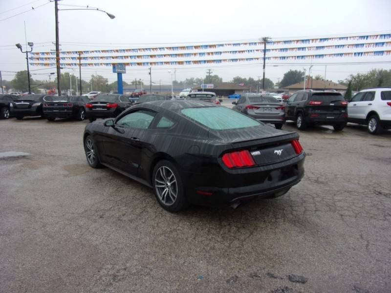 Ford Mustang 2016 price $17,500