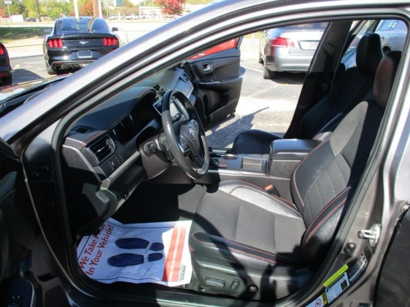 Toyota Camry 2017 price $13,295