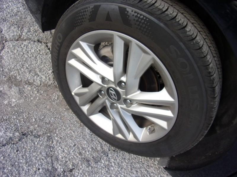Hyundai Elantra 2019 price $15,995
