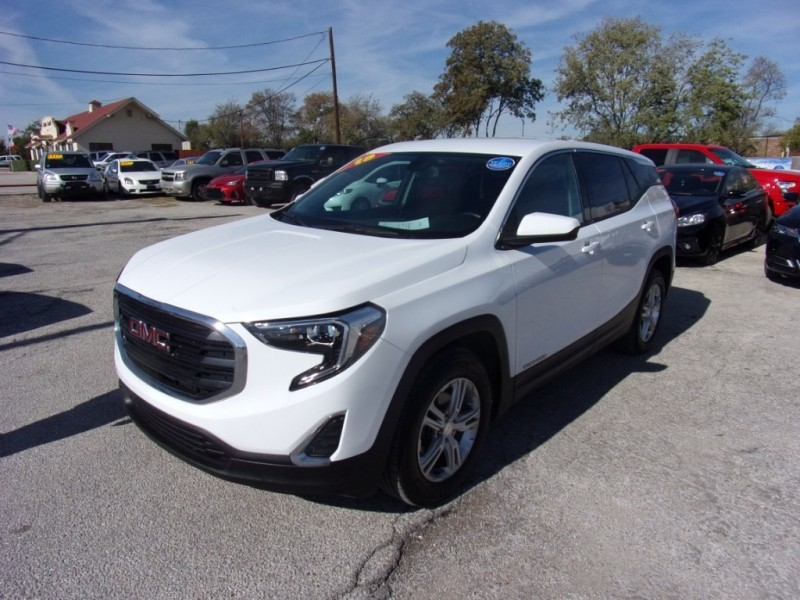 GMC Terrain 2018 price $17,995