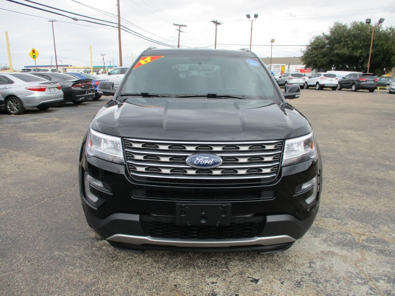 Ford Explorer 2017 price $19,995