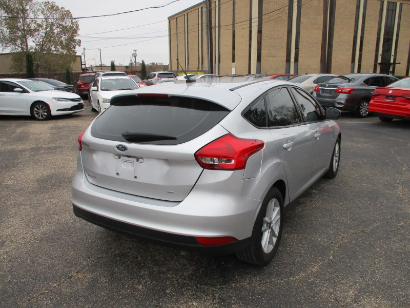 Ford Focus 2018 price $12,995