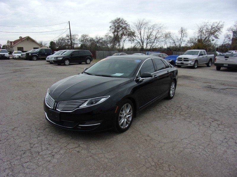 Lincoln MKZ 2016 price $12,995