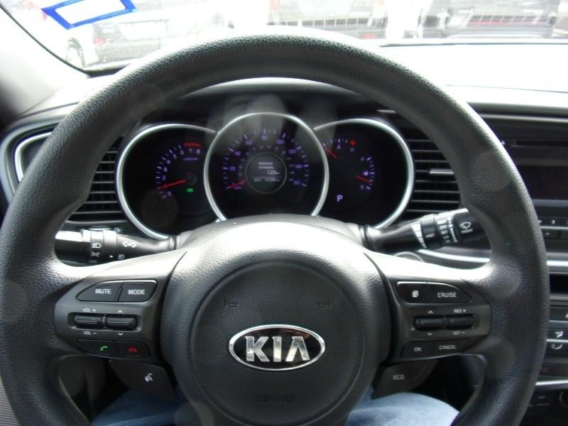 Kia Optima 2015 price $13,500