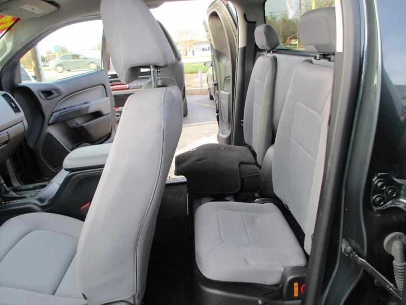 Chevrolet Colorado 2017 price $18,995
