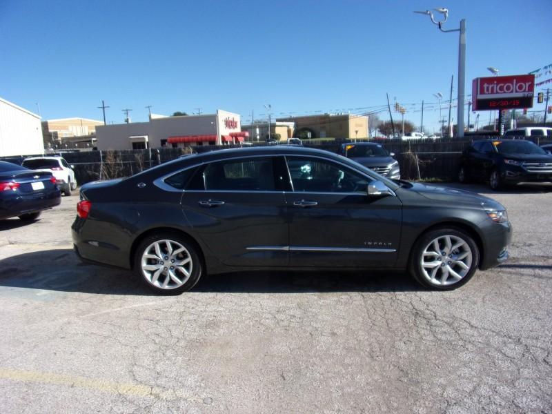 Chevrolet Impala 2019 price $17,995