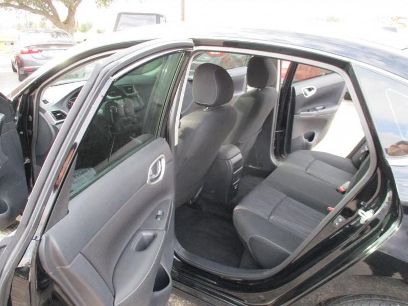 Nissan Sentra 2019 price $13,995