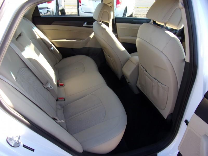 Hyundai Sonata 2016 price $15,500