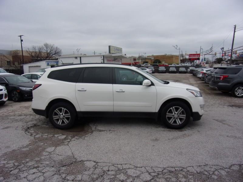 Chevrolet Traverse 2015 price $12,995