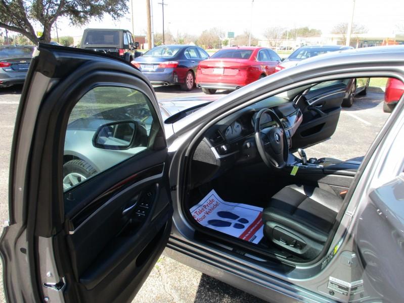 BMW 5-Series 2014 price $17,495