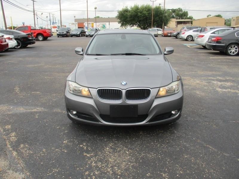 BMW 3 Series* 2011 price $7,900