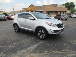 Kia Sportage WOW ONLY 500.00 TOTAL DOWN 2012
