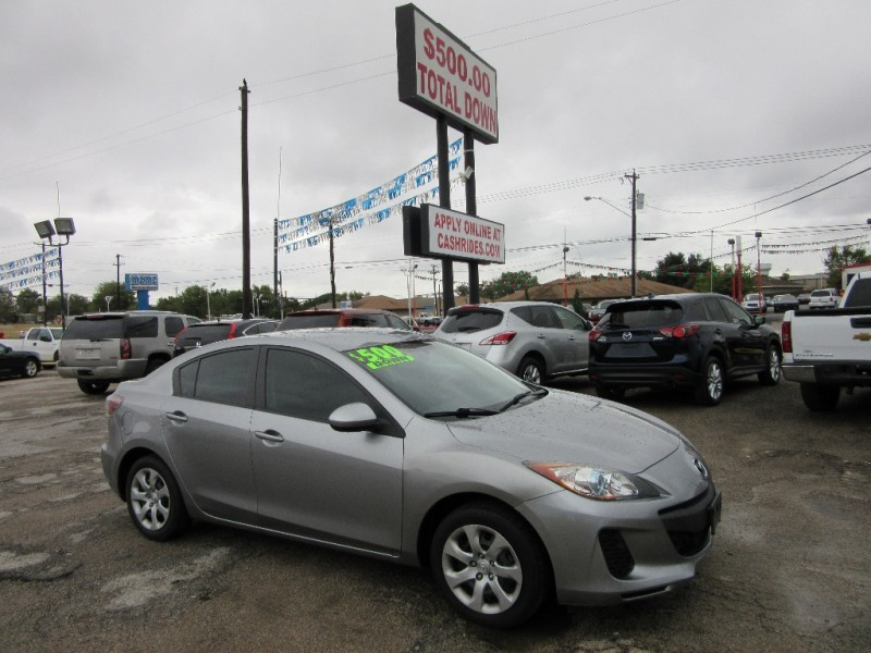 2013 Mazda Mazda3 UNDER 10G'S WITH ONLY 500.00 TOTAL DOWN