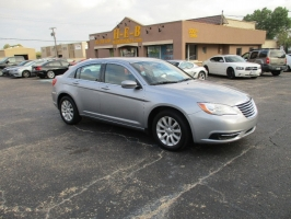 Chrysler 200 ALL CREDIT 500.00 TOTAL DOWN 2013