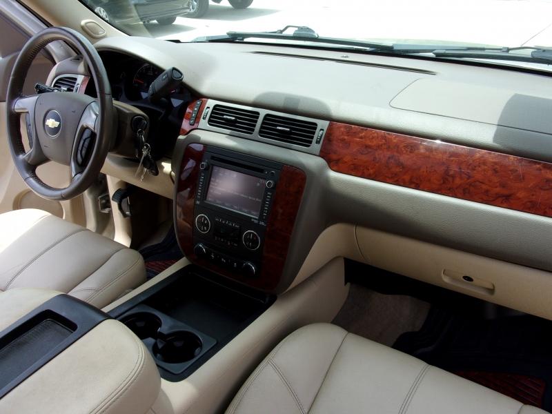 Chevrolet Suburban 2013 price SOLD