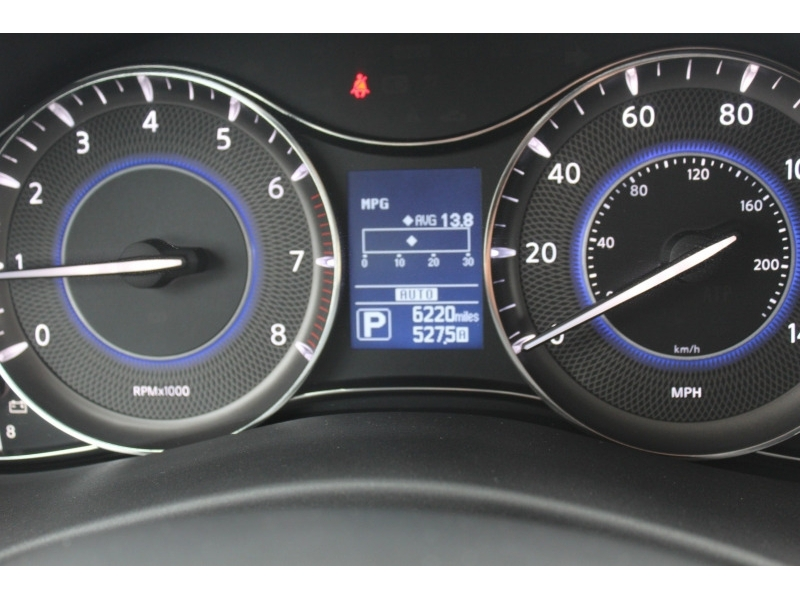 Infiniti QX80 2019 price $48,500