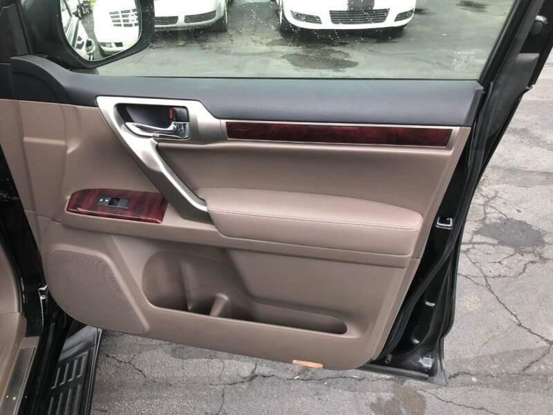 Lexus GX 460 2012 price $20,900