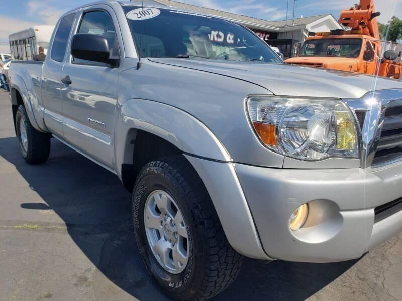 Toyota Tacoma 2007 price $11,900