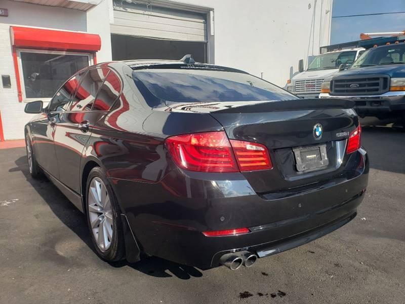 BMW 5 Series 2011 price $11,900