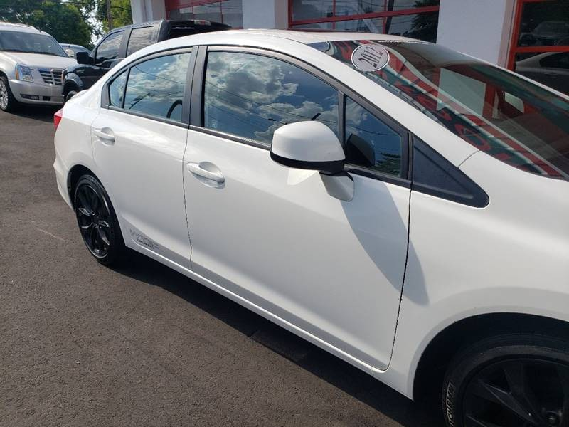 Honda Civic 2012 price $8,900