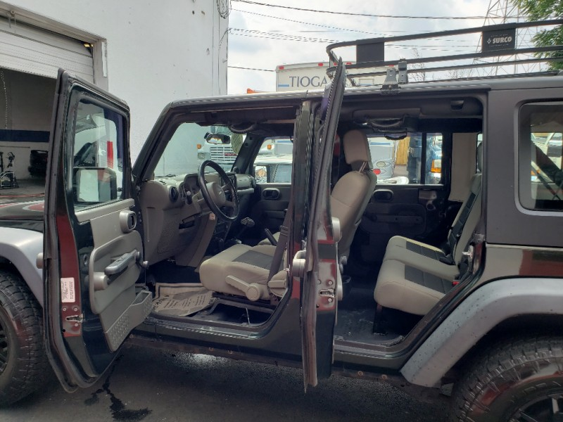 Jeep Wrangler Unlimited 2010 price $13,495