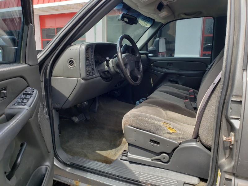 Chevrolet Silverado 2500HD 2006 price $11,900