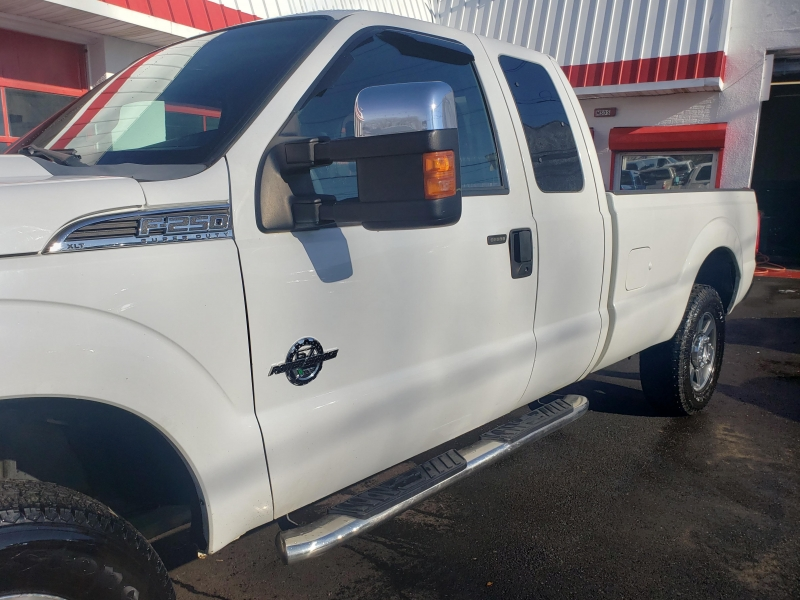 Ford Super Duty F-250 2011 price $11,995