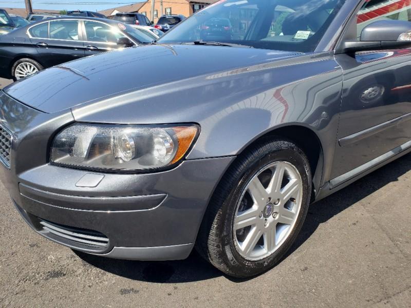 Volvo S 40 2007 price $4,900